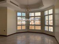5 Bedroom Villa in Villa Compound-photo @index