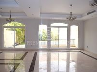5 Bedroom Villa in Umm Al Sheif-photo @index