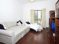 1 Bedroom Apartment in Green Lakes 2-photo @index