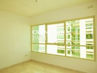 Studio Apartment in Marina Heights 2-photo @index
