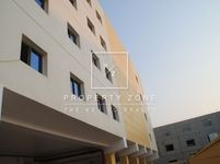 Commercial in Dubai Investment Park 2-photo @index