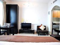 Studio Apartment in Marina Diamond 5-photo @index