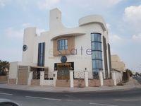 Commercial Villa Commercial in Saar-photo @index