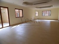 4 Bedroom Villa in Binal Jesrain-photo @index