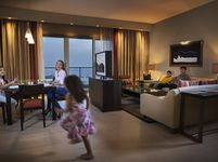 3 Bedroom Hotel Apartment in Park Rotana-photo @index