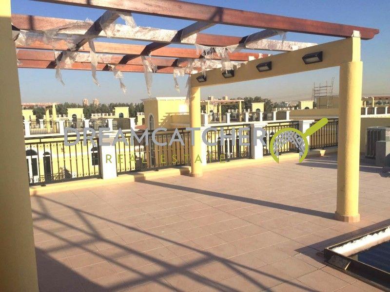 Great Location Nova Villa Selling Below OP