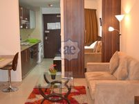 Studio Apartment in Goldcrest Executive-photo @index