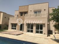 6 Bedroom Villa in Meadows 5-photo @index