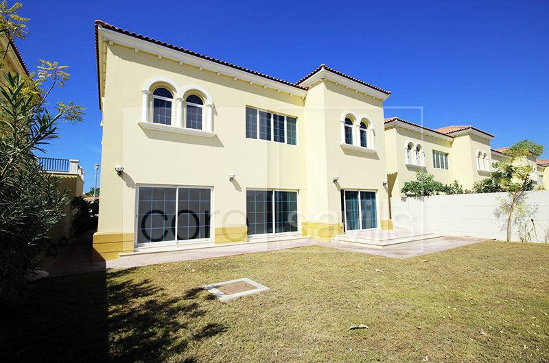 4 bed + maid's Legacy Villa l Jumeirah Park