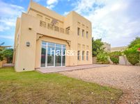 4 Bedroom Villa in Al Mahra-photo @index