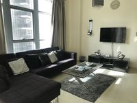 1 Bedroom Apartment in claren 2-photo @index