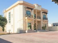 5 Bedroom Villa in Al Barsha 3-photo @index