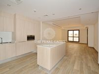 1 Bedroom Apartment in Fox Hills-photo @index
