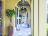 5 Bedroom Villa in Jumeirah 3 Villas-photo @index
