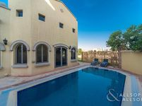 4 Bedroom Villa in Canal Cove Frond K-photo @index