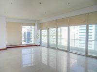 5 Bedroom Apartment in Marina Tower-photo @index