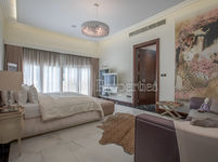 6 Bedroom Villa in Al Barari-photo @index