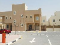 4 Bedroom Villa in Umm Salal Ali-photo @index