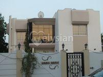 5 Bedroom Villa in jumeirah 1-photo @index