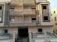 3 Bedroom Apartment in Neighborhoods-photo @index