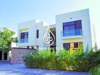 6 Bedroom Villa in Silver Springs-photo @index