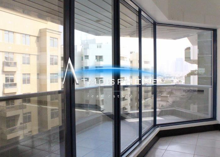 Big Size 1br In Bur Dubai For Rent