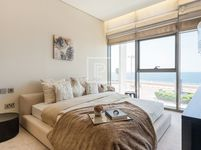3 Bedroom Apartment in The 8-photo @index