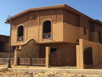 5 Bedroom Villa in Pyramids Walk-photo @index