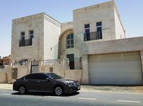 5 Bedroom Villa in Al Barsha South 3-photo @index