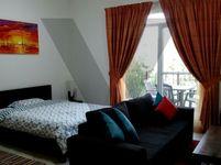 Studio Apartment in Dickens Circus 1-photo @index