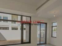 5 Bedroom Villa in Mira Oasis 1-photo @index