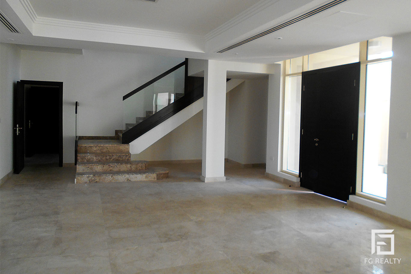 Amazing 4 BR Villa in a Great Compound in Al Waab