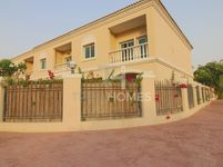 2 Bedroom Villa in Mediterranean Townhouse-photo @index