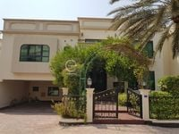 5 Bedroom Villa in Al Jasra-photo @index