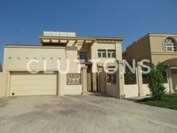 5 Bedroom Villa in Golf Gardens-photo @index