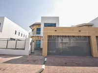 4 Bedrooms Villa in Umm Suqeim 2