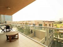 2 Bedroom Apartment in Golf Tower 1-photo @index