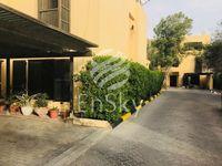 Villas for rent in Al Karamah - Houses for rent in Al Karamah