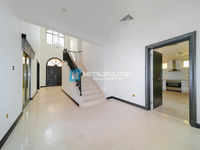 5 Bedroom Villa in Canal Cove Frond O-photo @index