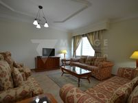 3 Bedroom Apartment in West Bay-photo @index