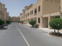 6 Bedroom Villa in Aspire Zone-photo @index