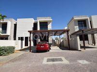 3 Bedroom Villa in Topanga-photo @index