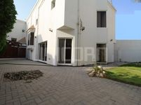 4 Bedroom Villa in Zinj-photo @index