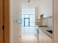 Studio Apartment in Marquise Square-photo @index