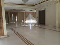 4 Bedroom Apartment in Al Khalidiya-photo @index