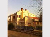 4 Bedroom Villa in Ajaltoun-photo @index