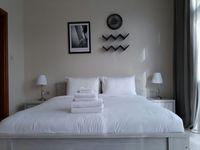 Studio Apartment in Bay Square-photo @index