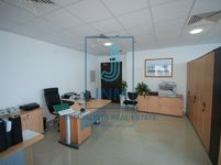Office Commercial in Churchill Executive-photo @index