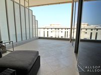 1 Bedroom Apartment in Shemara tower-photo @index