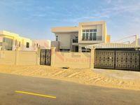 5 Bedroom Villa in Nad Al Sheba 4-photo @index